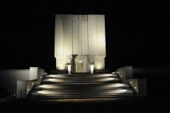 Pomnik-mauzoleum-noca