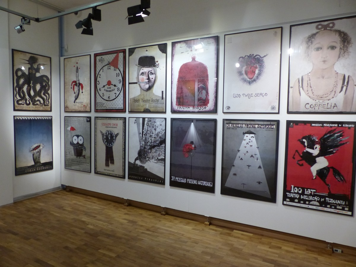 """Wystawa """"Fafernuchy i pampuchy, czyli Ryszard Kaja i jego plakaty po polsku"""""""