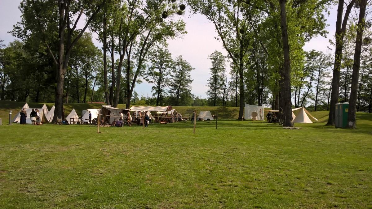 Piknik historyczny na Fortach Bema